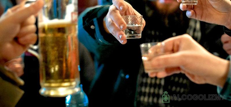 Можно ли Вильпрафен с алкоголем: совместимость и взаимодействие Вильпрафен Солютаб, употреблять Джозамицин